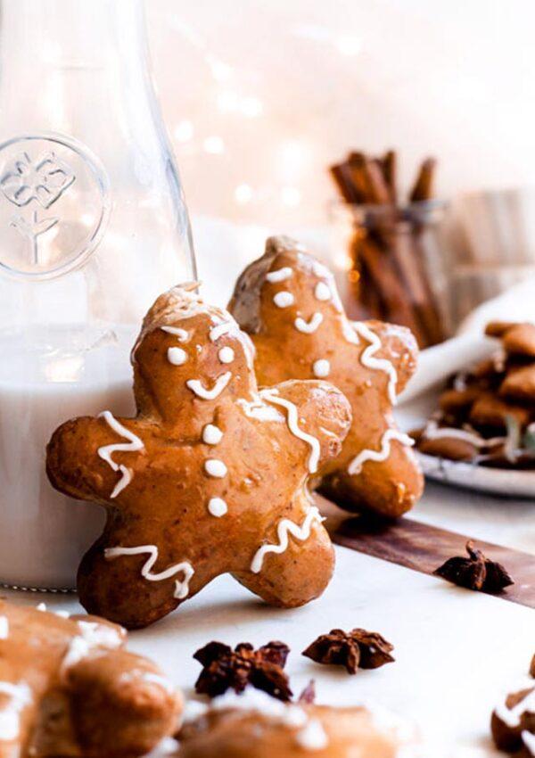 vegan cream-filled gingerbread donuts