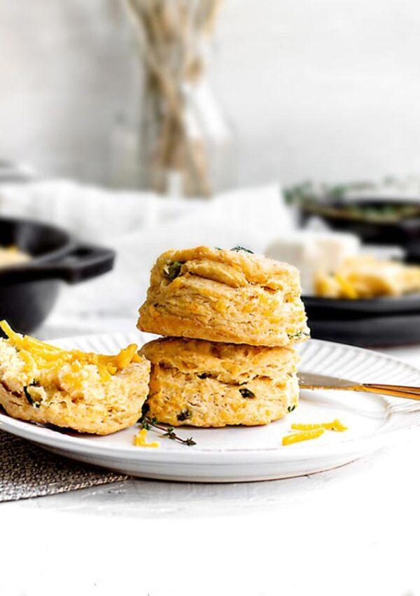 Vegan Poblano Cheddar Biscuits