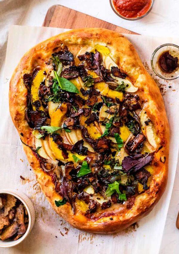 "Vegan Squash and ""Bacon"" Pizza"