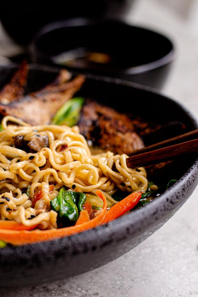 easy vegan miso ramen
