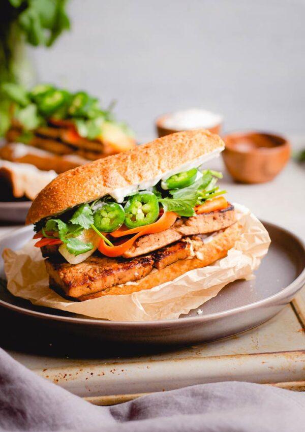 vegan tofu banh mi