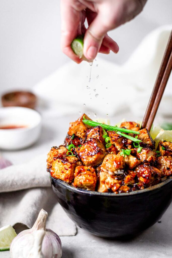 Sticky Panfried Garlic Lime Tofu