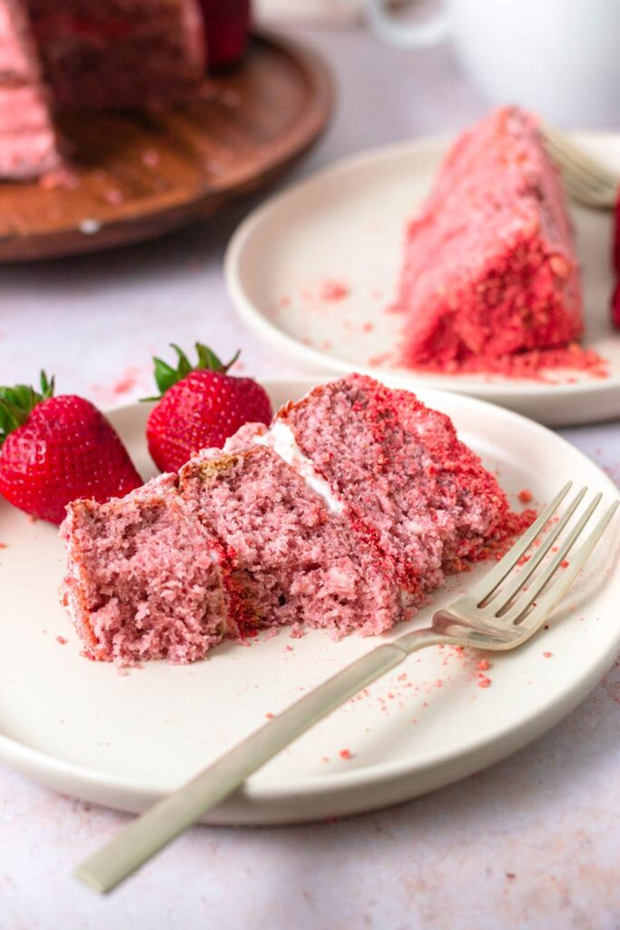 easy strawberry crunch cake slices on plate
