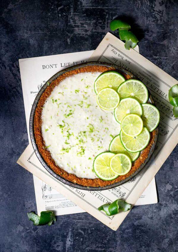 Vegan Key Lime Pie (7 ingredients)