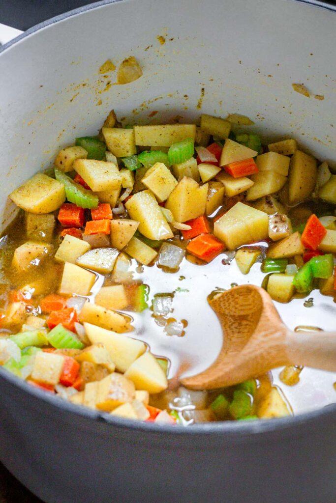 veggie broth in pot