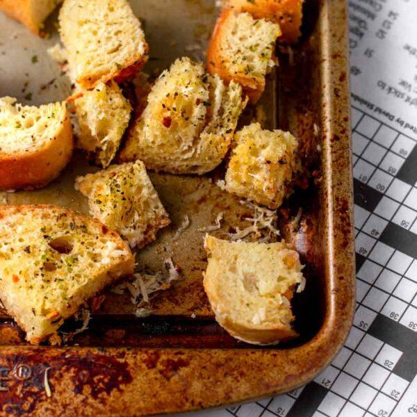 Homemade Garlic Herb Croutons (Vegan)